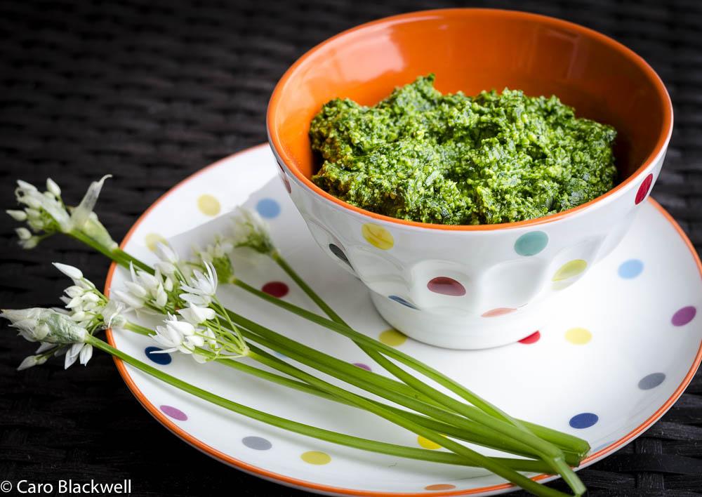 wild garlic pesto - Taste of Savoie